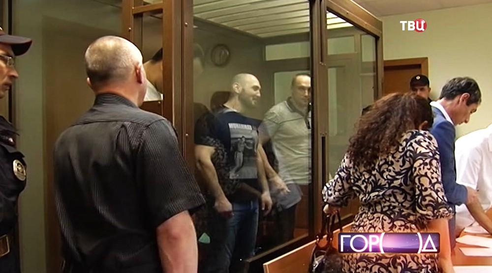Участники перестрелки у Павелецкого вокзала в зале суда