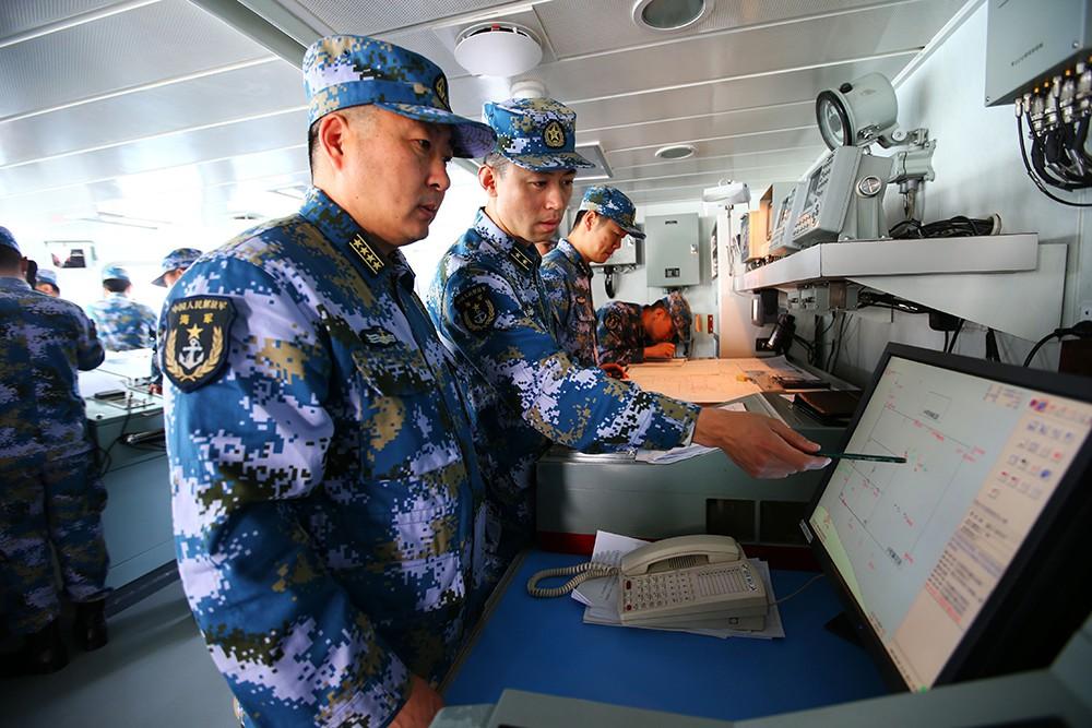 Представители ВМФ Китая