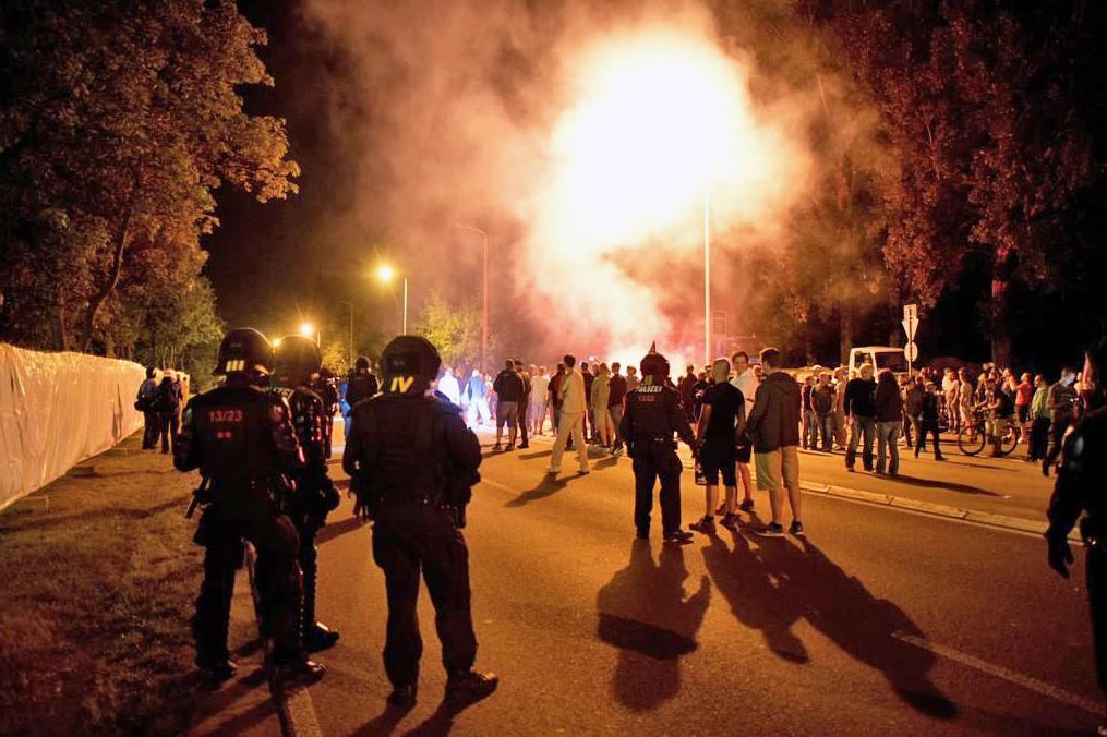 Уличные столкновения с полицией Германии