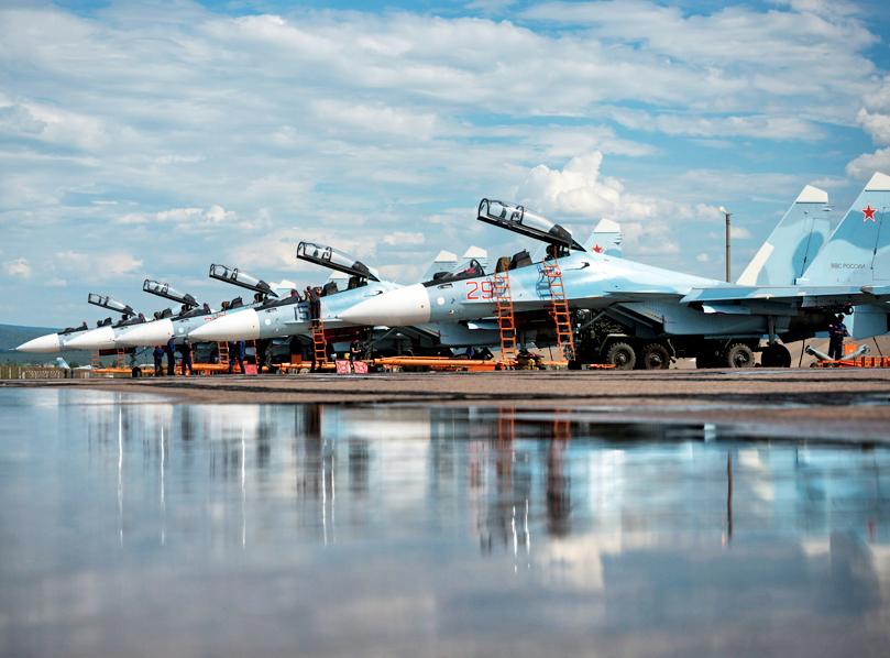 Истребители Су-30СМ