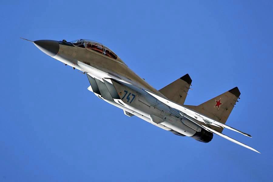Самолет МиГ-29 М2