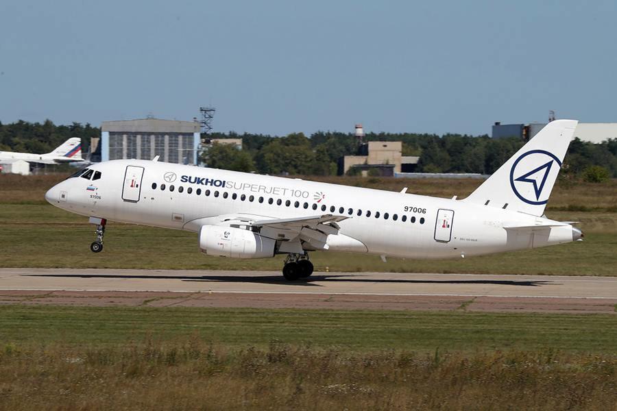 Самолёт Sukhoi Superjet 100