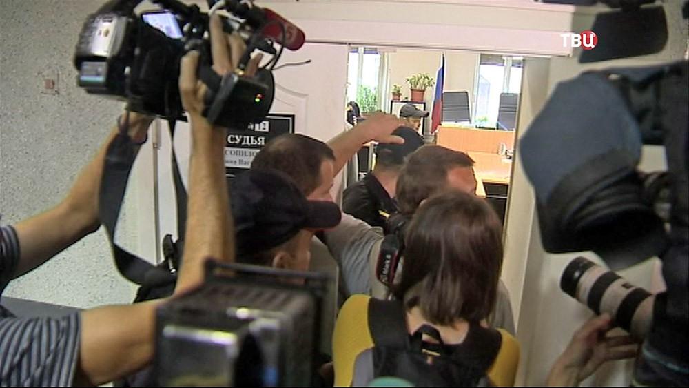 Суд по делу убийства Старовойтовой