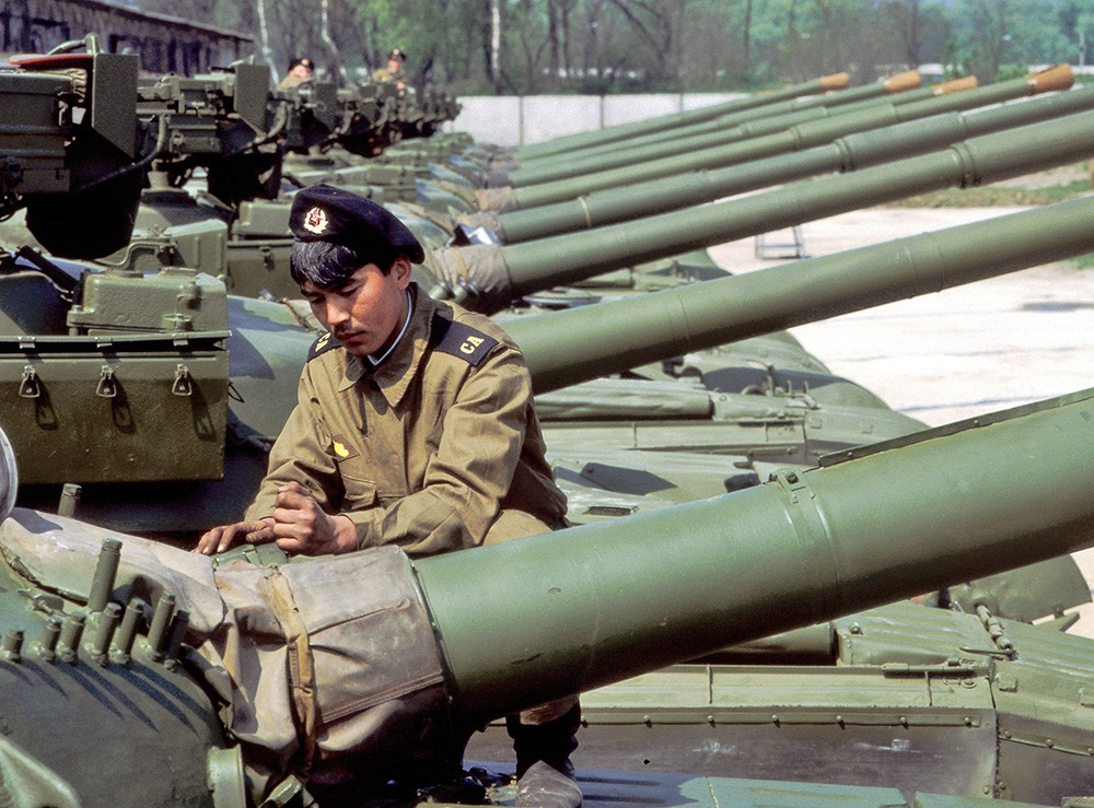 Вывод советских войск с территории ФРГ