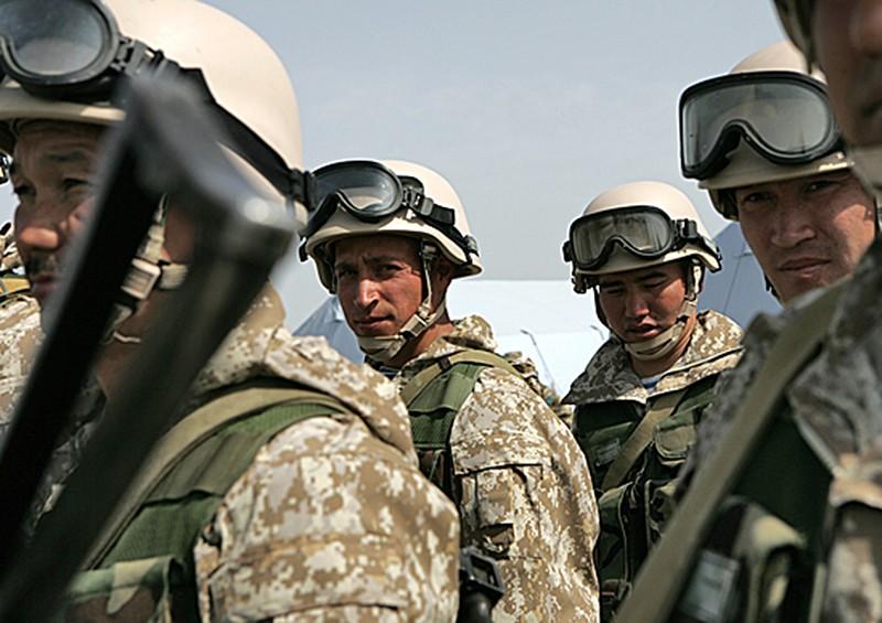 Военнослужащие Таджикистана