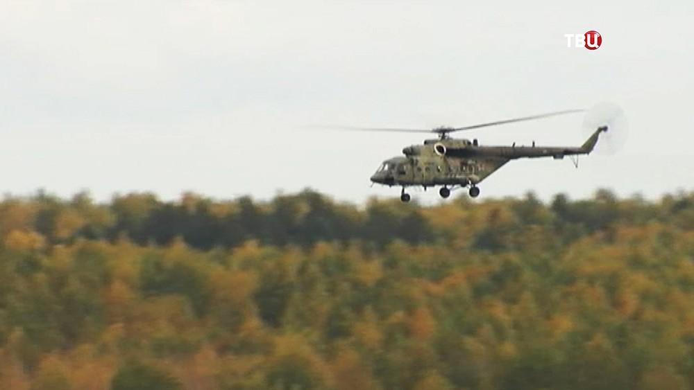 Военный вертолёт ВВС России