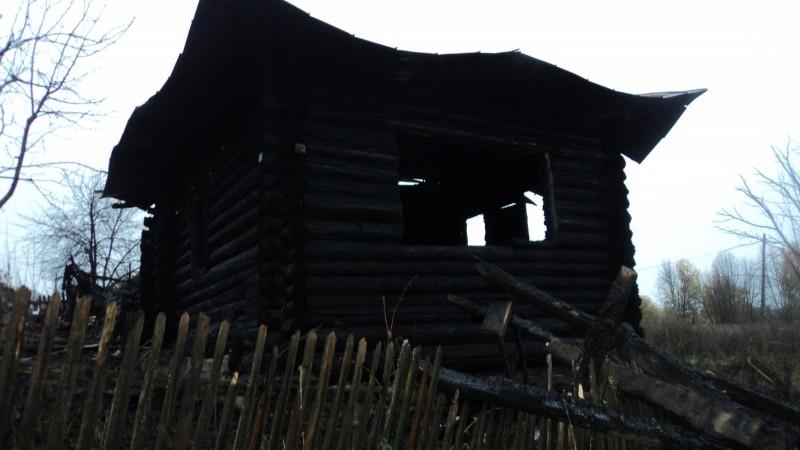 Пожар в частном доме в пермском поселке Майкор