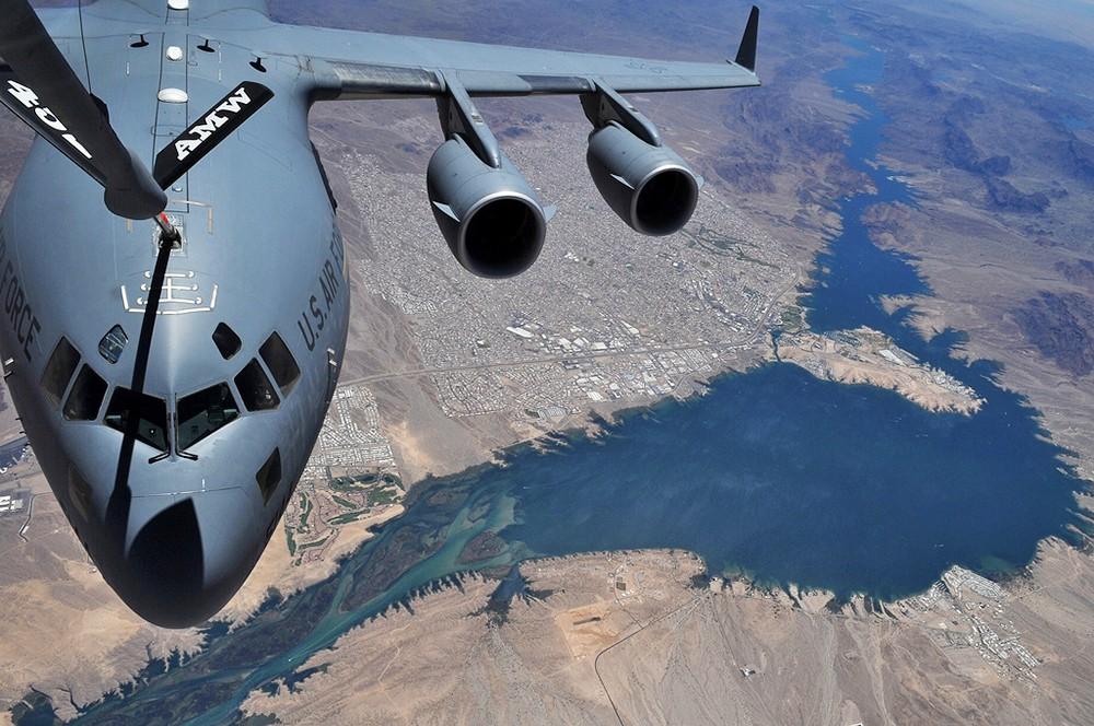 Самолет ВВС США С-17А