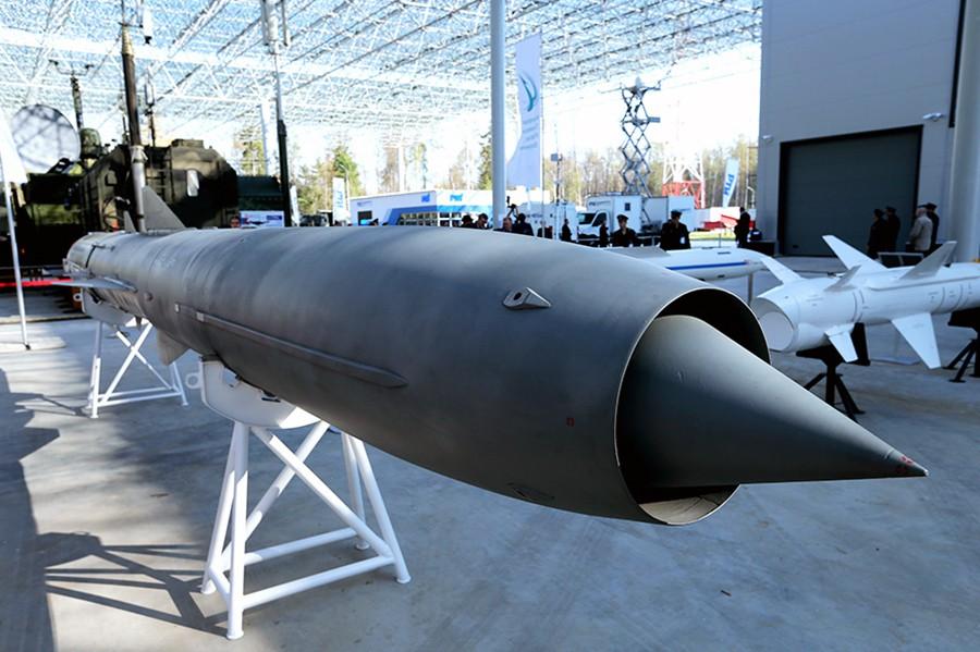 Экспонаты военной выставки