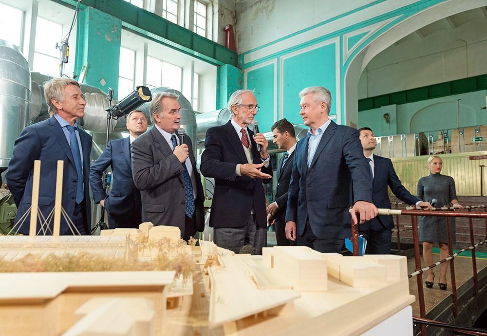 Сергей Собянин посетил ГЭС-2