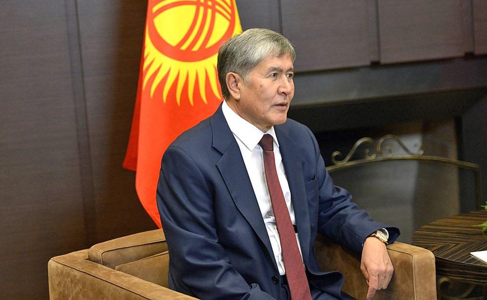 Президентом Киргизской Республики Алмазбек Атамбаев