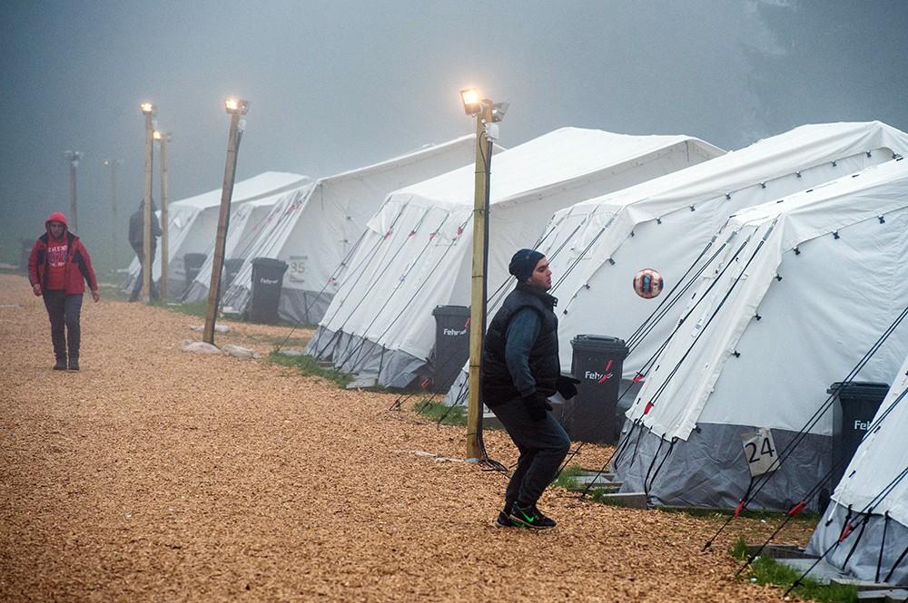 Палаточный лагерь для мигрантов в Европе