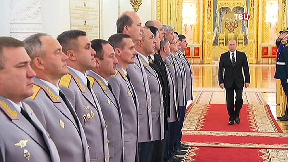 Владимир Путин на приеме в честь высших офицеров