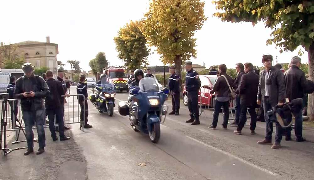 Французские полицейские на месте происшествия