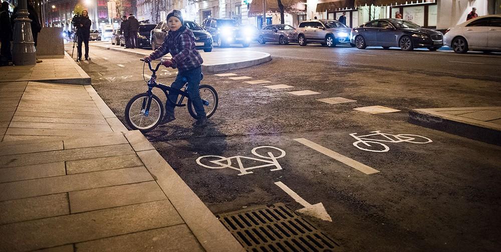 Велодорожка на Неглинной улице