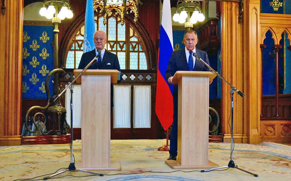 Глава МИД России Сергей Лавров и специальный посланник ООН по Сирии Стаффан де Мистура