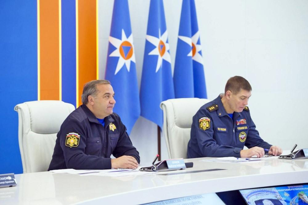 Министр МЧС России Владимир Пучков