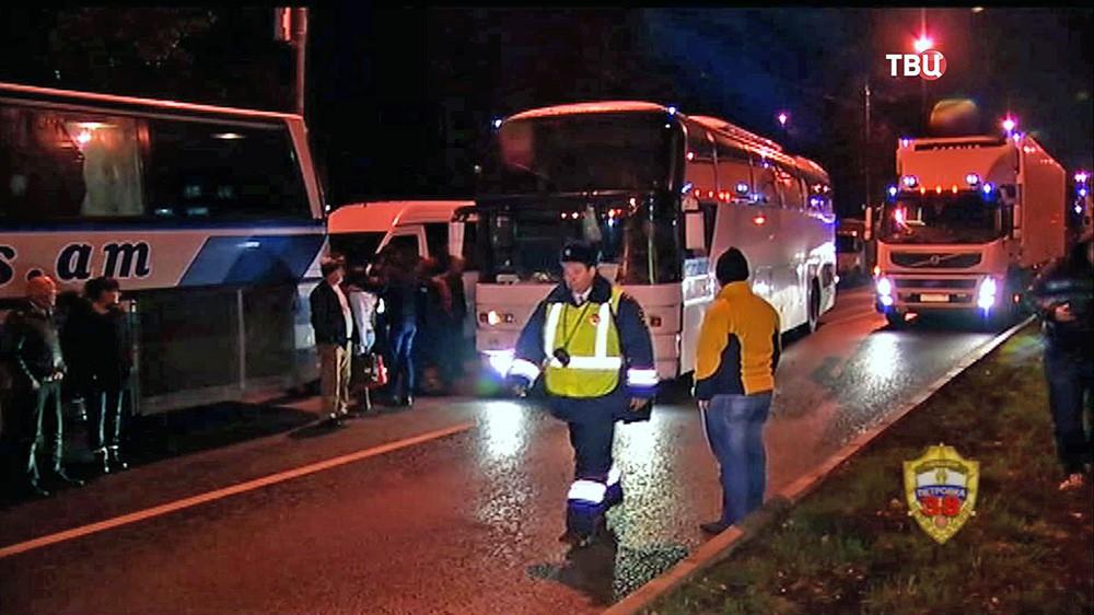 ДПС проводит рейд по автобусам дальнего следования