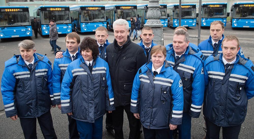 Сергей Собянин с водителями междугородных автобусов