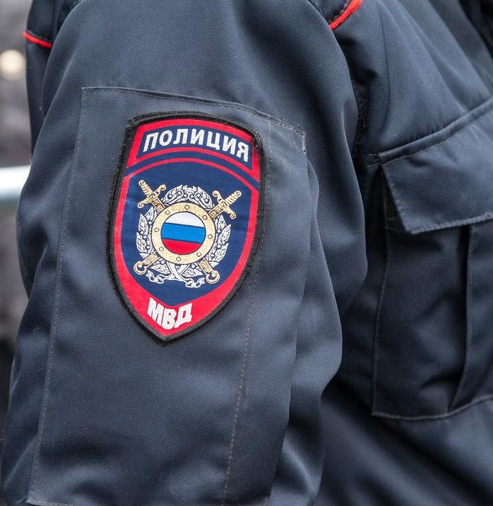 Нарукавный шеврон офицера полиции России
