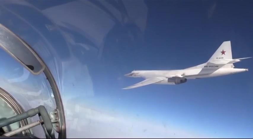 Бомбардировщик Ту-160 ВКС России