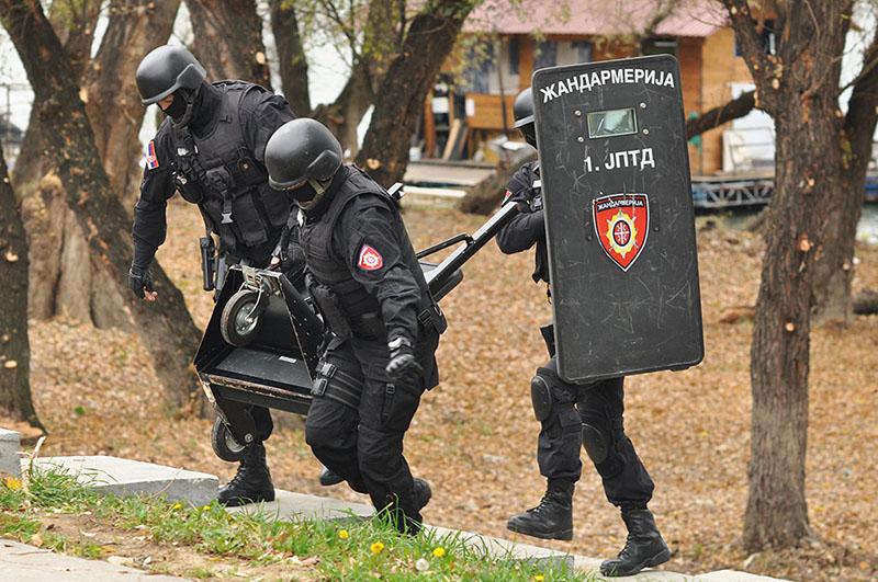 """Сербское специальное подразделение во время тактических контртеррористических учений """"Щит"""""""