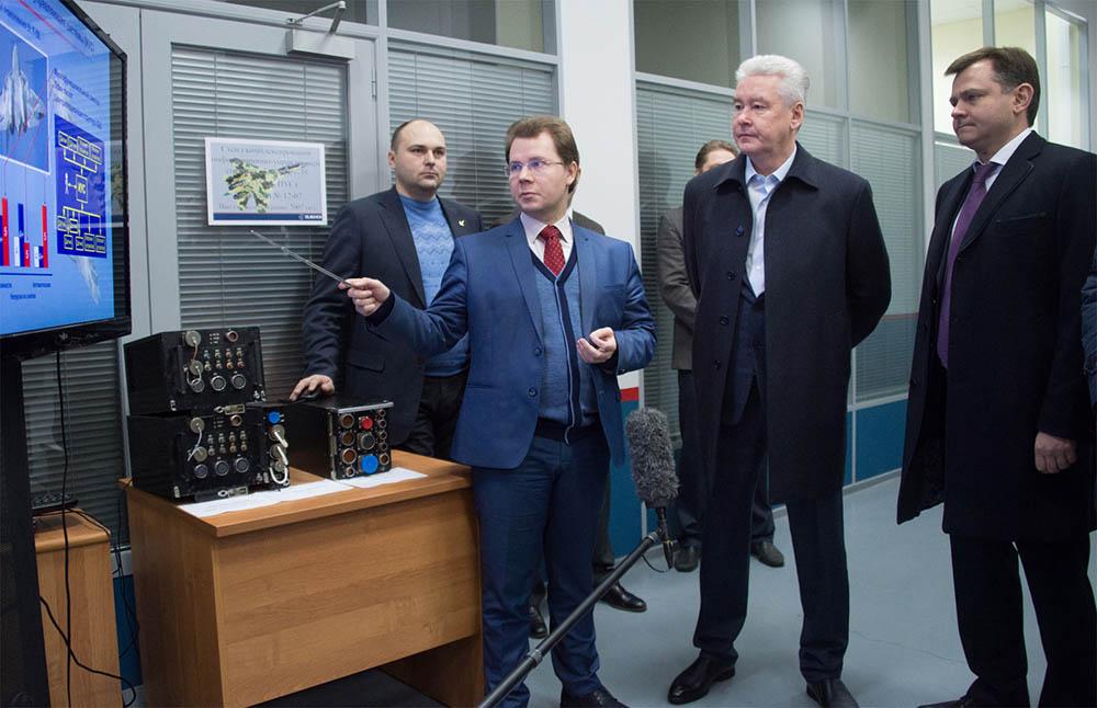 Мэр Москвы Сергей Собянин осматривает конструкторское бюро имени Сухого