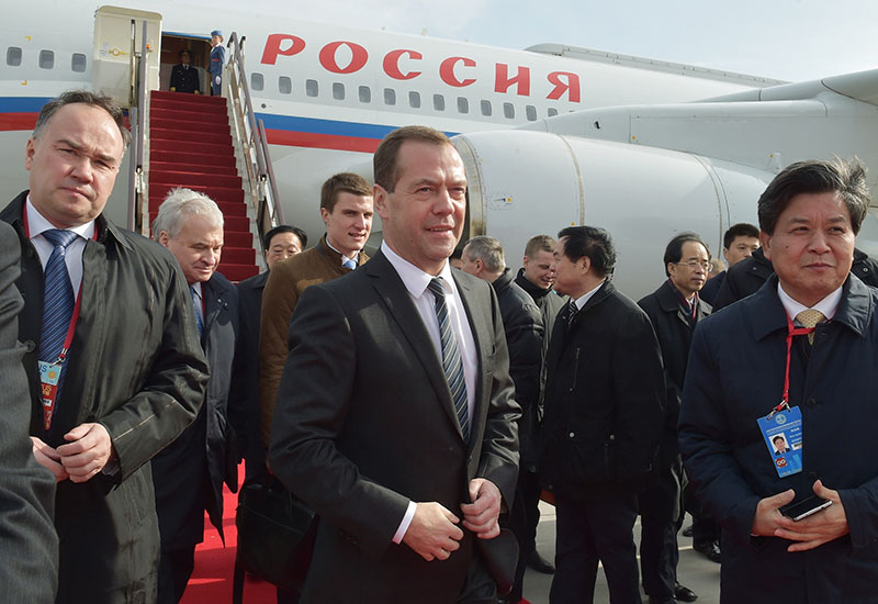 Председатель правительства РФ Дмитрий Медведев прибыл в Китай