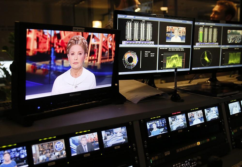 Юлия Тимошенко в телестудии