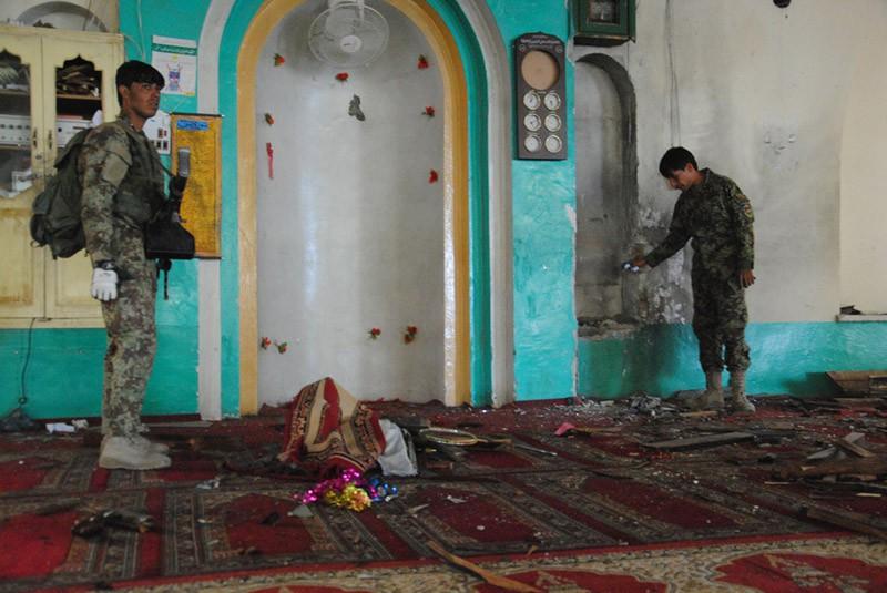 На месте взрыва мечети в Афганистане