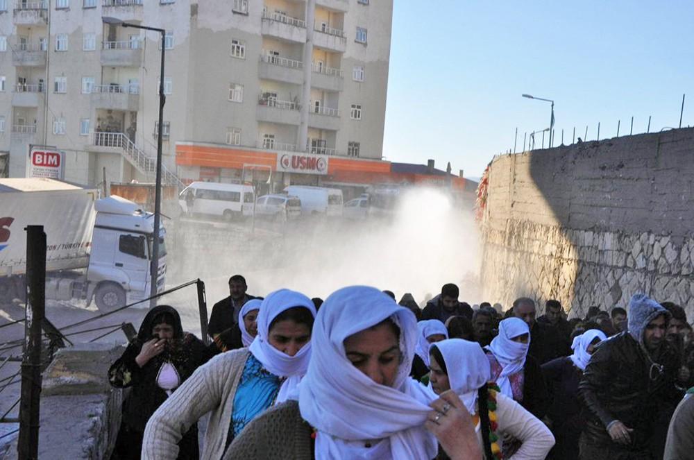 Полиция Турции разгоняет митинг