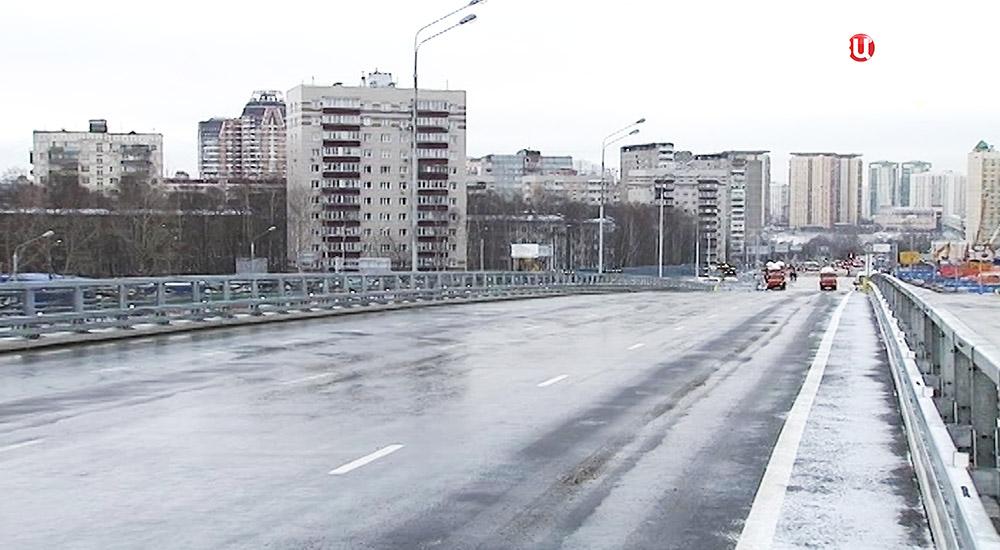 Новая эстакада на участке Рябиновой улицы