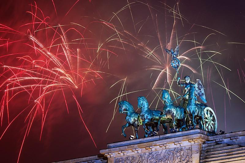 Новогодний салют в Берлине