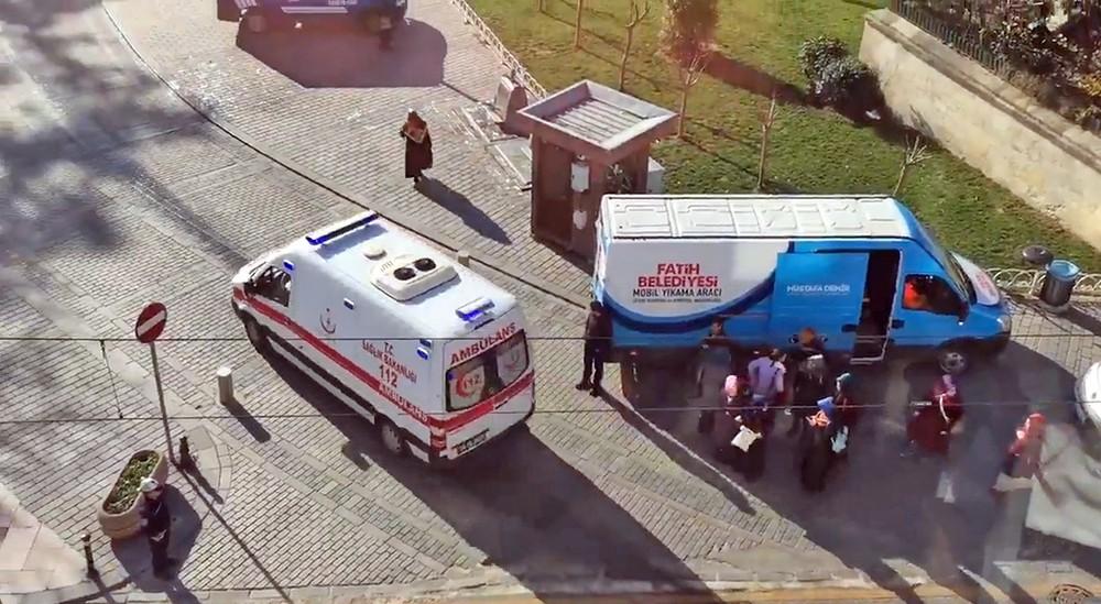 Скорая помощь Турции на месте происшествия в Стамбуле