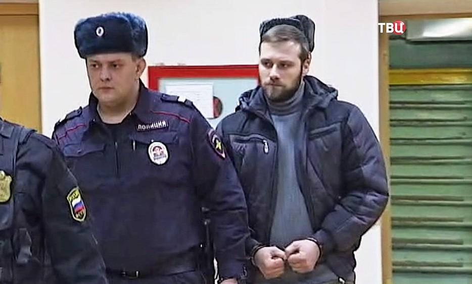 """Электромеханик лифтов в ЖК """"Алые паруса"""" Алексей Белоусов"""