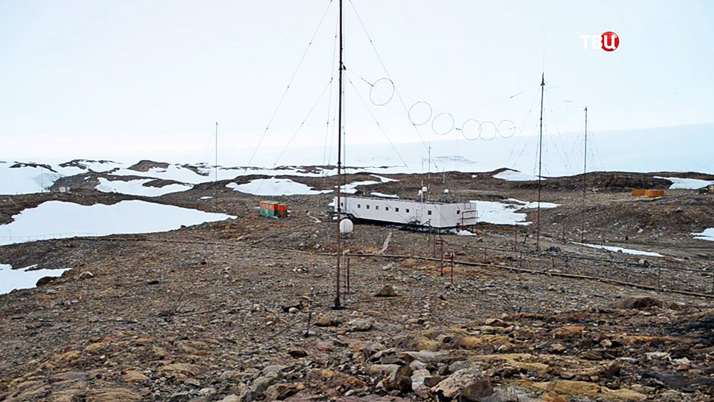 Полярная станция в Антарктиде