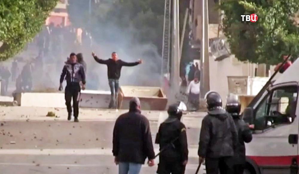Уличные столкновения с полицией в Египте