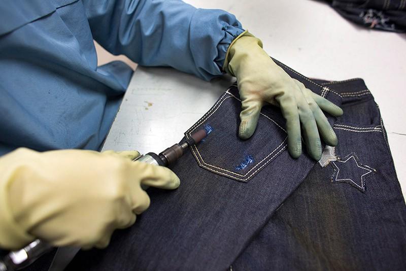 Фабрика по пошиву джинс