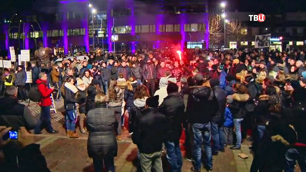 Митинг против мигрантов в Европе