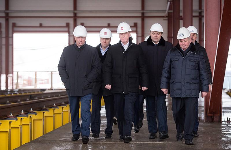Мэр Москвы Сергей Собянин осматривает строительные работы