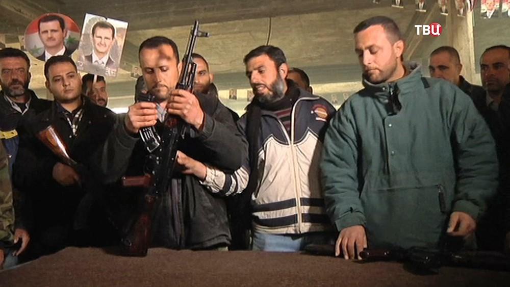 Набор новобранцев в народную армию Сирии