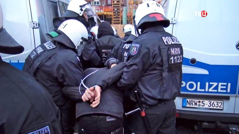 Полиция Германии проводит задержание