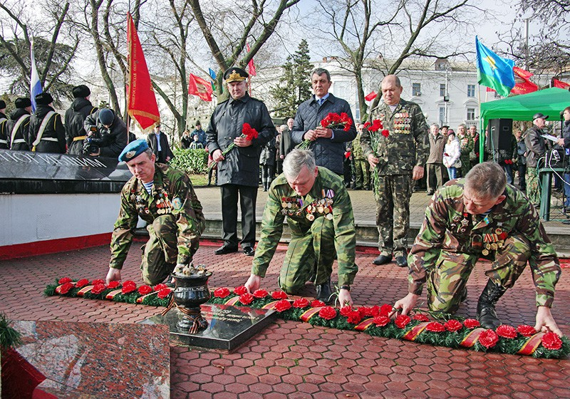 Участники военно-патриотической акции, посвященной годовщине вывода советских войск из Афганистана