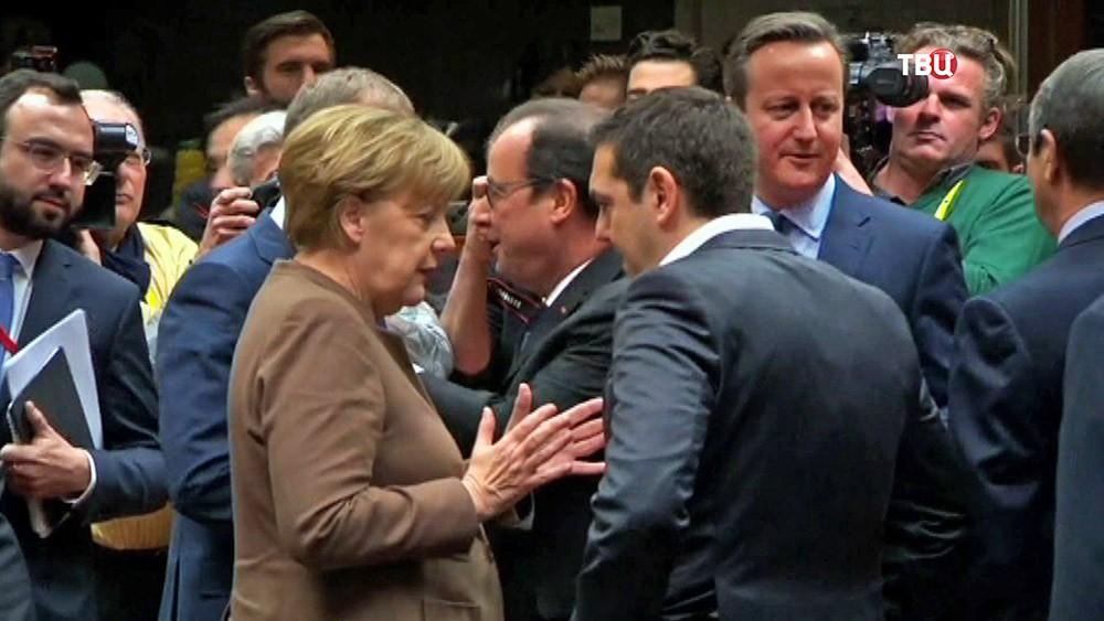 Ангела Меркель, Алексис Ципрас, Франсуа Олланд и Дэвид Кэмерон на саммите ЕС