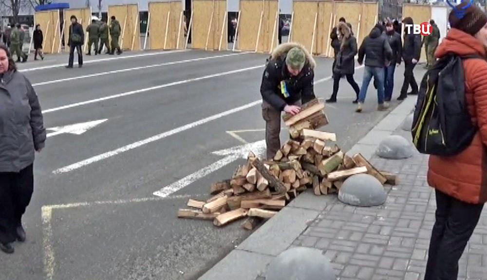Подготовка к митинге на Майдане