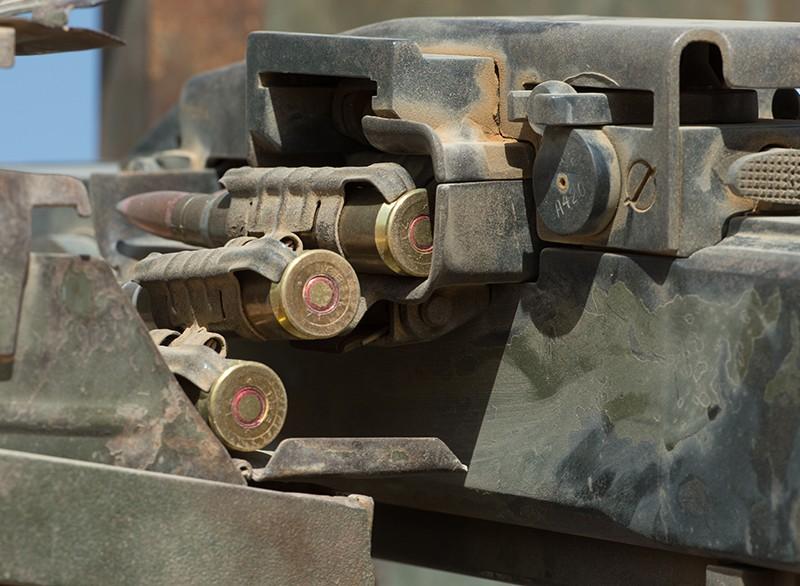 Фрагмент снаряженной пулеметной ленты в пулемете