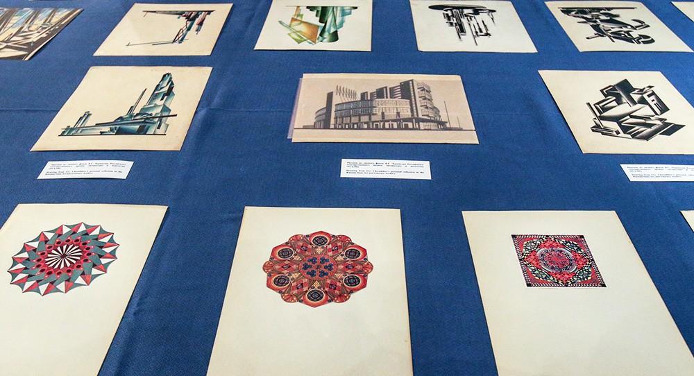 Рисунки архитектора Якова Чернихова, в числе других исторических документов, похищенных из российских архивов, США передают Российской Федерации