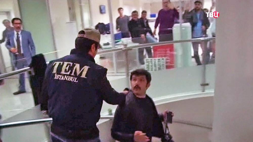 Задержание работников турецкой газеты Zaman