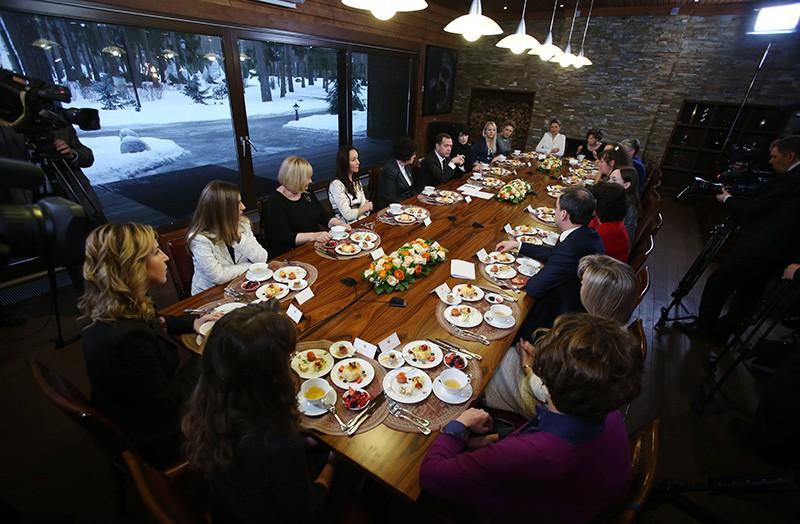 Дмитрий Медведев на встрече с представительницами научно-технической сферы