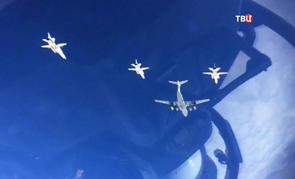 Самолеты авиационной группировки ВКС России